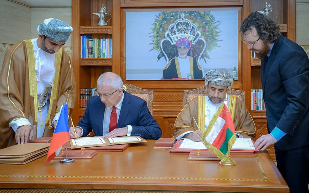 Signing of the air transport agreement between the Sultanate and the Czech Republic